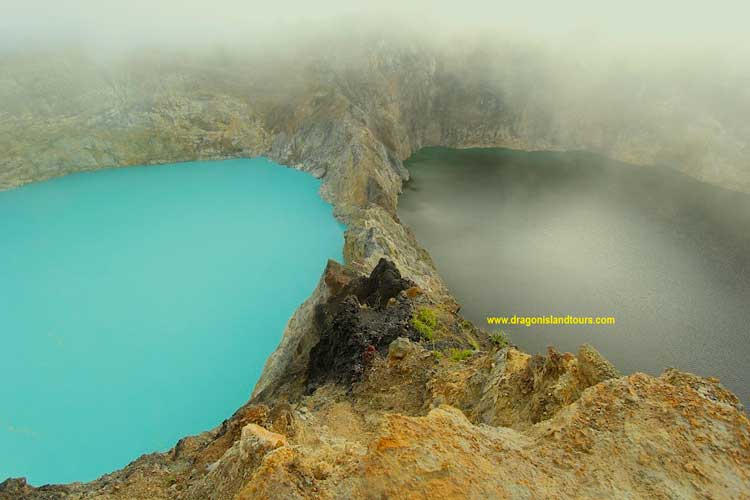 Kelimutu Crater Lake 3