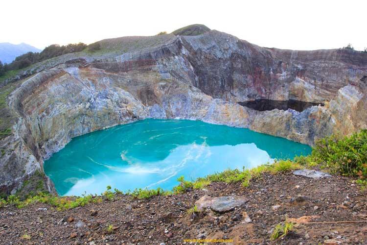 Kelimutu 3 Volcanic Crater Lakes 3D/2N